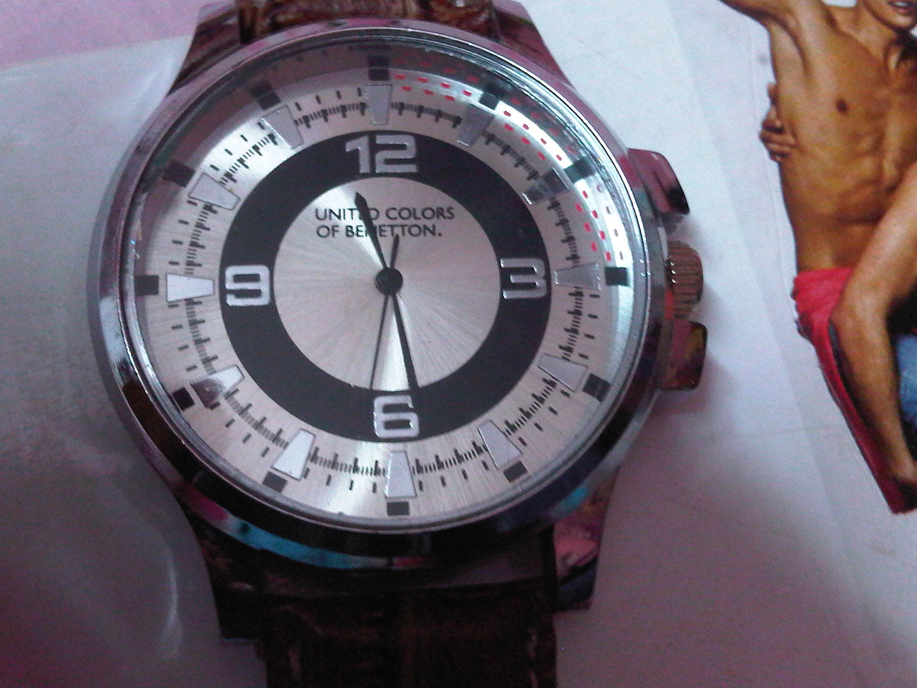 United colors of benetton men 39 s watch for sale best deals with price comparison online shopping for Benetton watches