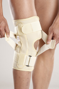 Tynor OA Knee Support (Neoprene) Right Varus / Left Valgus