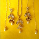 EXCLUSIVE DESIGNER ANTIQUE FINISH PENDANT SET IN PEARLS AND CZ DIAMONDS