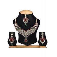 designer necklace set by the pari