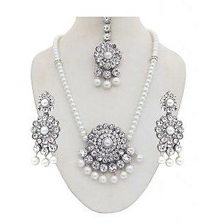 Kriaa White Pearl Shine Necklace Set - 1102313