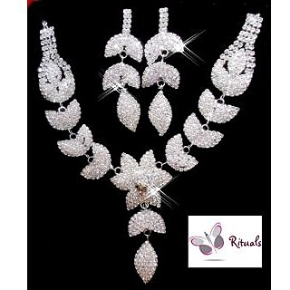EXCLUSIVE CZ DIAMONDS 3 PIECE NECKLACE SET