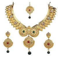 The Pari White Gold Plated Necklace Set With Earrings For Women
