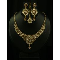 Kriaa Classy Design Red Necklace Set With Maang Tikka  - 2102502