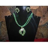 BEAUTIFUL NECKLACE IN GREEN COLOUR JARKAN STONE  WITH EARRING