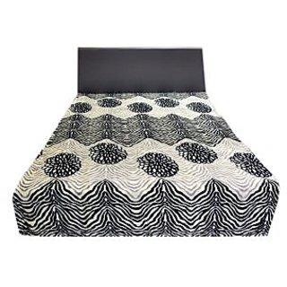 Valtellina Pretty White & Black Waves Design Double Bed AC Blanket (LVD-013)