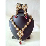 Gold Plated AD & Kundan Studded Necklace Set With Earings