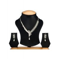 Ethnic Jewels Gold Plated Silver Alloy Necklace Set For Women