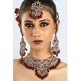 Bridal Heavy Work Maroon Jewellery Set With Mangtika 82