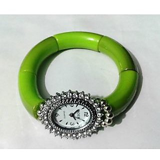 Green Oval Bracelet Watch - 719
