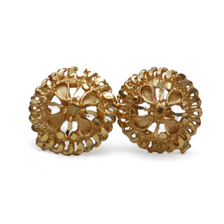 Earrings 90 rupee Golden color