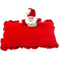 A Cuddlesome Santa : Santa Claus
