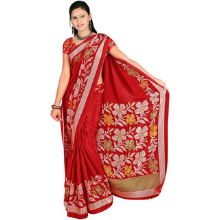 DesiButik's  Red Wrinkle Crepe Saree  with Blouse VSM512