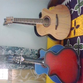 Givsan Acoustic Guitar available at ShopClues for Rs.3000