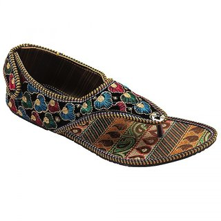 Forever Womens Multicolor Ethnic Flats
