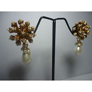 White Honeybud earrings with a Pearl Cluster