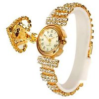 Round Dial Gold Metal Strap Analog Watch For Women