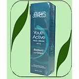 Jovees Blackberry And Grapes Youth Active Face Cream SPF 16