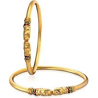 The Pari Bangle Sets In The Mainstream