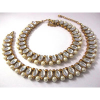 Golden oval shape kundan pearl anklet