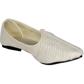 Panahi Mens Handcrafted Ethnic Cream Jutti