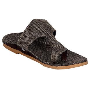 Panahi Mens Kolhapuri Grey Slippers