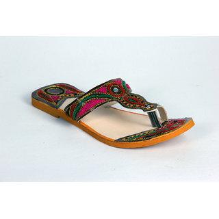 Panahis Women Kasida Sandal