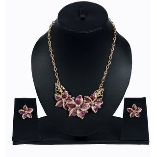 Women necklace set with earring