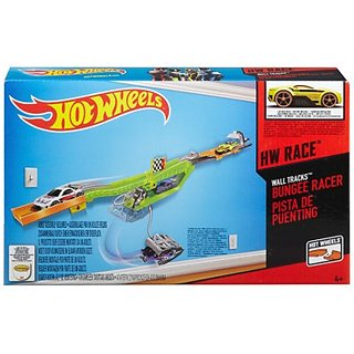 HotWheels International Wall Track Lp Accessory Assortment (Multicolor)