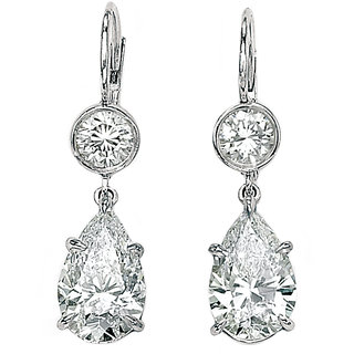 18 Kt Gold Fashionable Exclusive Solitaire Diamond Earring For Wedding Jewelry (Design 17)
