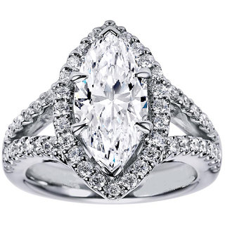 18 Kt White Gold Fashionable Solitiare Diamond Ring For Wedding (Design 2)