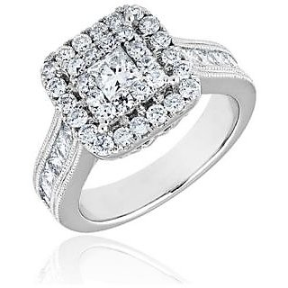 Fashionable Exclusive Solitaire Diamond Ring For Exgagement (Design 4)