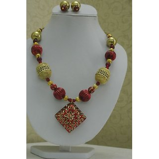 Beautiful Red And Golden Color Beaded Jewellery
