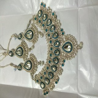BFI Designer Bridal Jewellery Set With Mang Tika