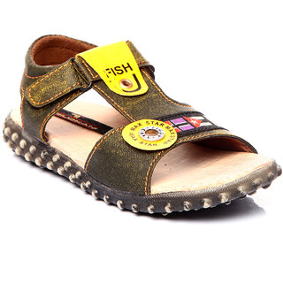 Trilokani Attractive Sandals (TFC31GREEN)
