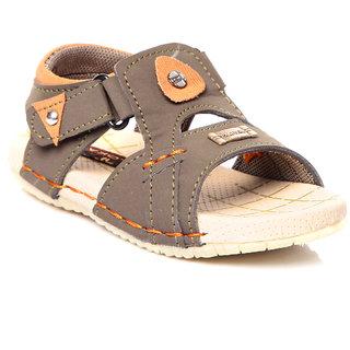 Trilokani Designer Casual Sandals (TFC29GREEN)
