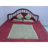 Quilted Bed Cover With Pillow Cover & Cushion Cover