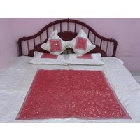 Quilted Bed Cover With Pillow Cover & Cushion Cover (B01)