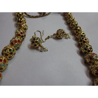 Marvellous Jaipuri Necklace Set Ideal For All Occasions