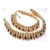 Maroon and Green Tilak Golden Pearl Anklet