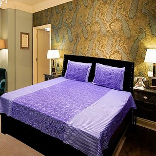 Akash Ganga Purple Pure Cotton Double Bedsheet with 2 Pillow Covers (KMR569)