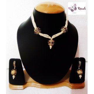 Exclusive Designer Pearls Necklace Set