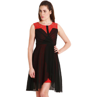 Soie Black+Red Plain / Solid Sleeveless High Low Dress