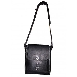 Apnav Black Sling Bag
