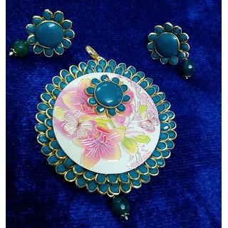 Pachi pendant with earring