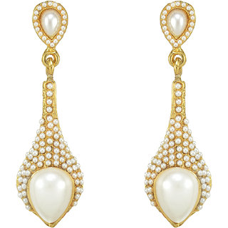The Pari Earring With Gold  White Combination.