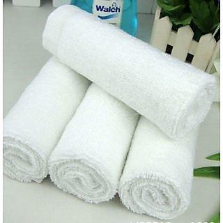 Akash Ganga Super Soft White Face Towel (4 Pieces)