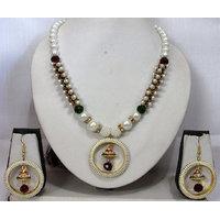 Damaru circle pearl necklace set