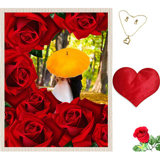 meSleep Multi Color Valentine Couple Canvas (14x18) With Free Heart Shaped Filled Cushion and Artificial Rose and Pendant Set
