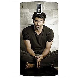 1 Crazy Designer Bollywood Superstar Aditya Roy Kapoor Back Cover Case For OnePlus One C410902